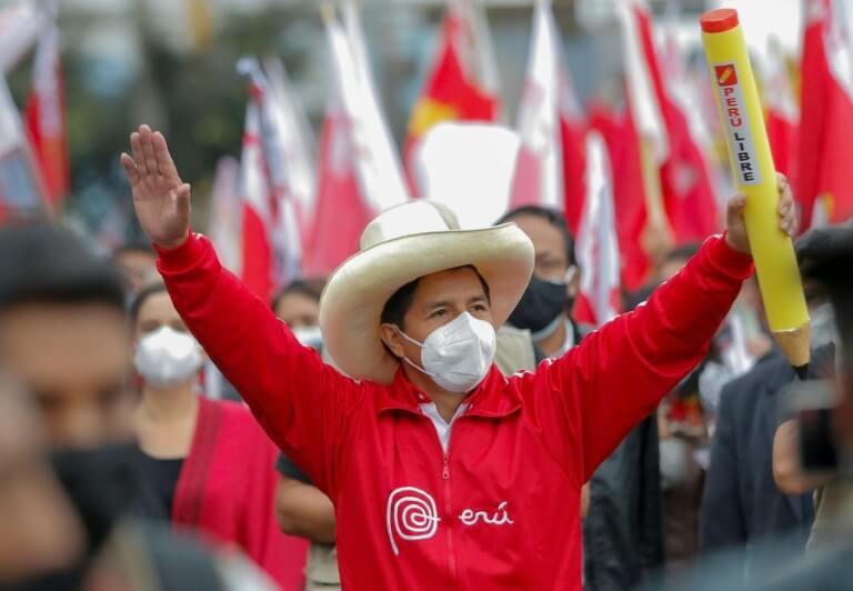 Professor Pedro Castillo e as eleições Peruanas – por Hugo Albuquerque